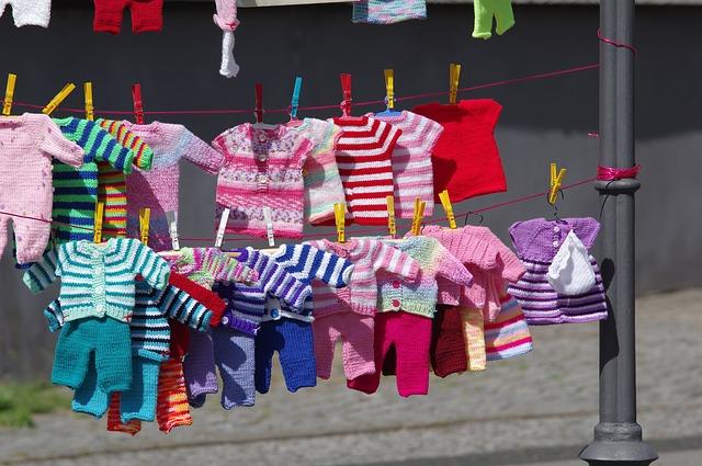 pletené dětské oblečení