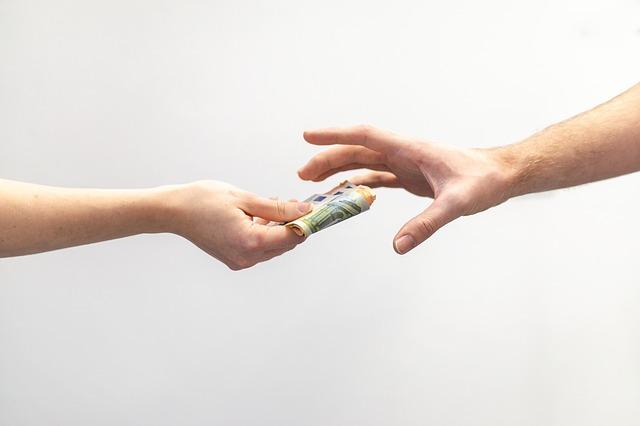 předání peněz